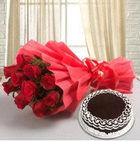 Red Roses With Cake