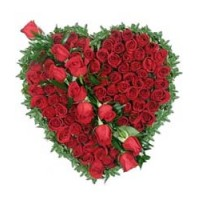 Heart Shape Arrangement oF Stems of Red Roses
