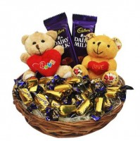 Love Rules Hamper