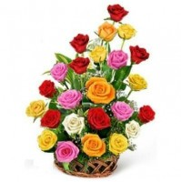 MIX ROSES IN A BASKET