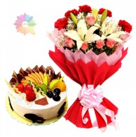 FRUIT CAKE WITH EXOTIC MIX FLOWERS BUNCH