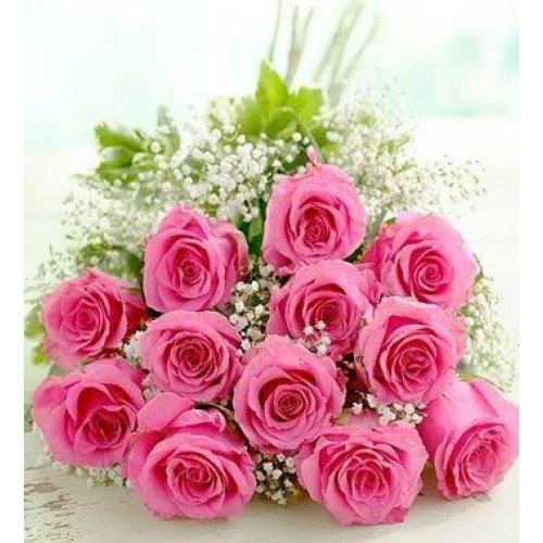 FRESH AND BEAUTIFUL PINK ROSES