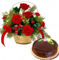 BASKET OF ROSES WITH CHOCOLATE CAKE
